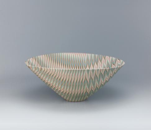 写真:練込柳葉笹葉文楕円鉢