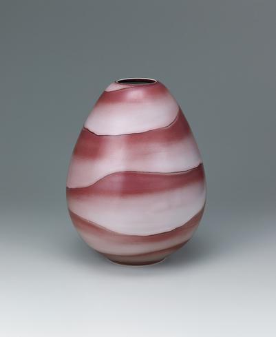 写真:釉裏紅壺