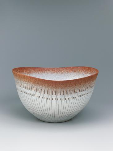 写真:彩泥線文鉢