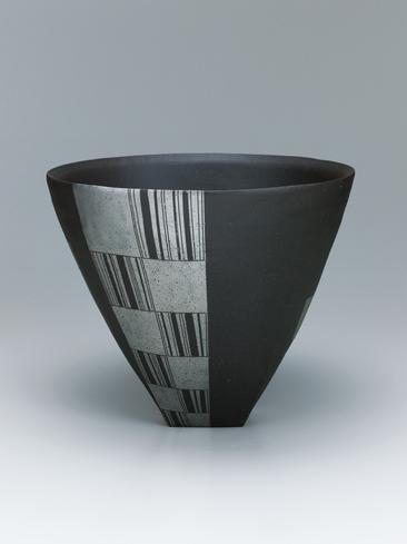 写真:幾何文鉢