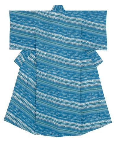 写真:藍型染着物「澪標」