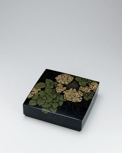 写真:蒟醬箱「土の香」