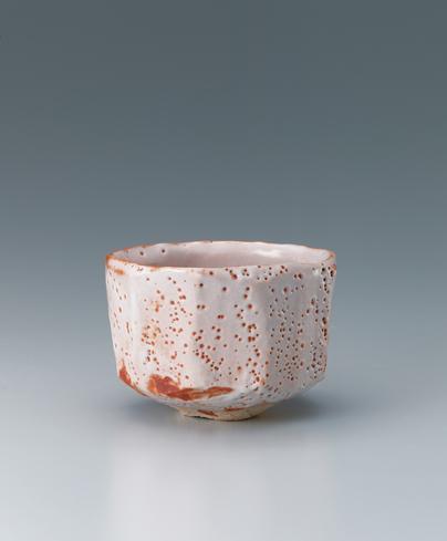 写真:志野茶碗