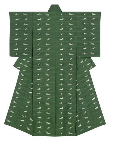 """写真:Kimono of tsumugi with """"picture"""" kasuri. """"Water and sky merge into one blue color"""""""