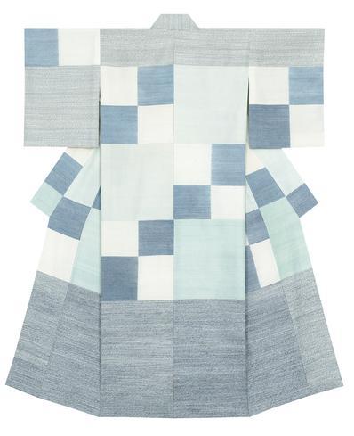 写真:紬織着物「海燕」