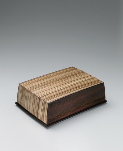 """写真:Box of jindai wood with marquetry. """"Song of clear stream"""""""