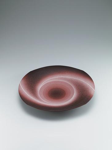 "写真:Bowl with ""daybreak"" glaze."