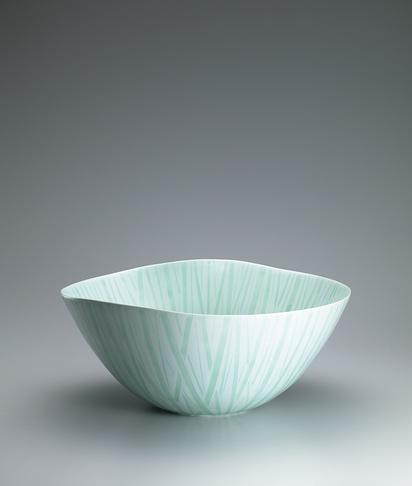 写真:釉象嵌竹林紋鉢