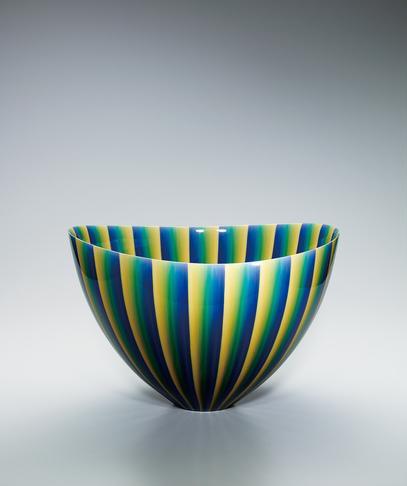"""写真:Deep bowl with colored glaze decoration. """"Light of jewel"""""""