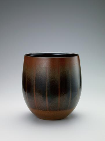写真:丹波鉄釉花器