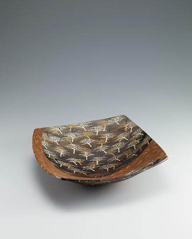 写真:象嵌泥彩樹林文鉢
