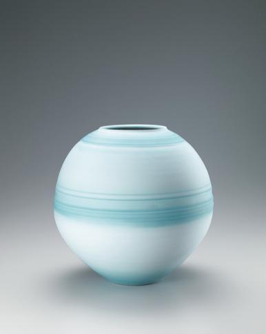 写真:夢青磁線紋花瓶