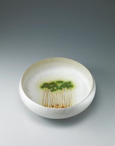 写真:銀泥彩磁鉢
