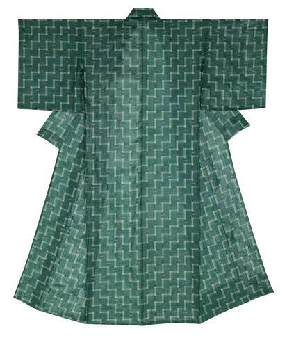 写真:宮古上布着物「松風」