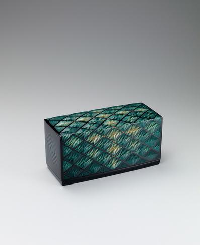 彫漆箱「新緑」