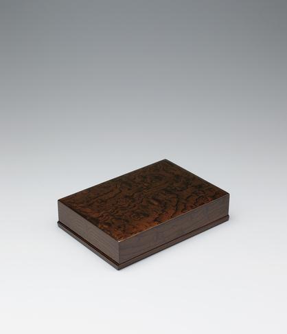 写真:神代欅拭漆文箱