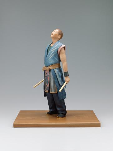 """写真:""""Afterglow"""". Formed with tōso over wooden core and covered with cloth and paper."""
