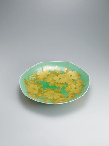 釉裏金彩芙蓉文飾皿