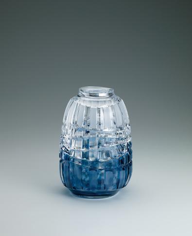 写真:硝子切子花瓶