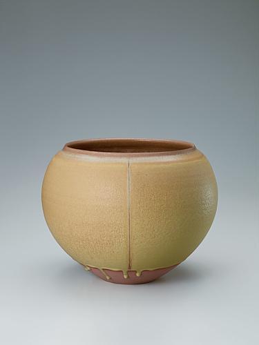 写真:Kiseto flower vessel.