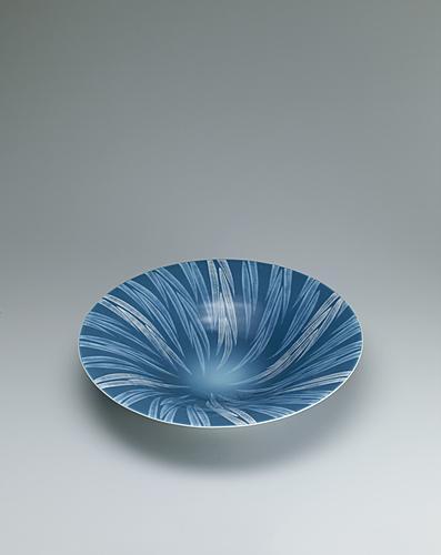 青磁釉彩葉紋大鉢