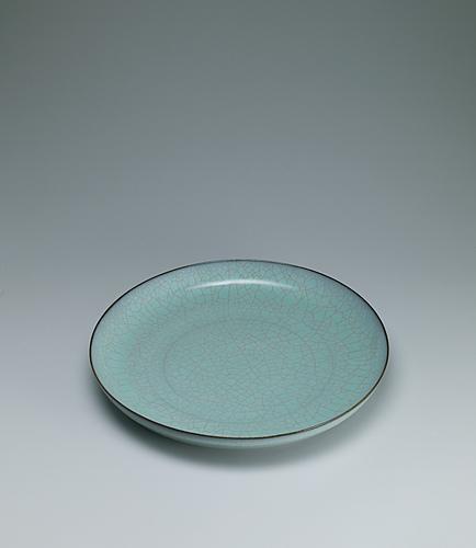 写真:粉青瓷大皿