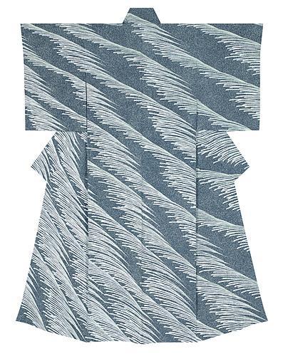 """写真:Formal kimono with design in yūzen dyeing. """"Wind blowing under the moon"""""""