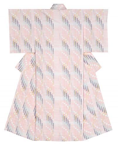 写真:紬織着物「飛花」