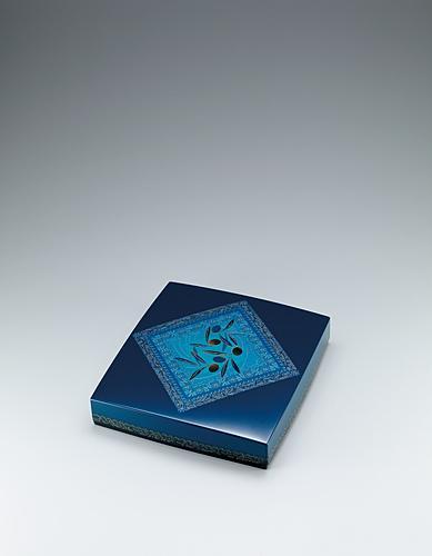 写真:籃胎存清色紙箱「海と空」