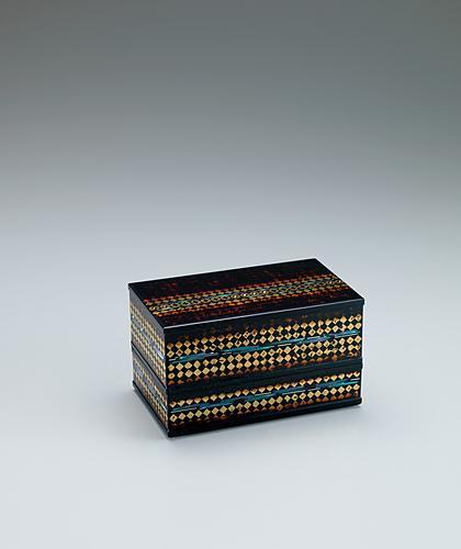 写真:切金螺鈿箱「雨音」