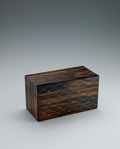 写真:黒柿拭漆象嵌箱