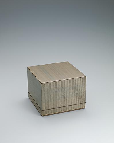 写真:神代杉柾目造板目象嵌箱