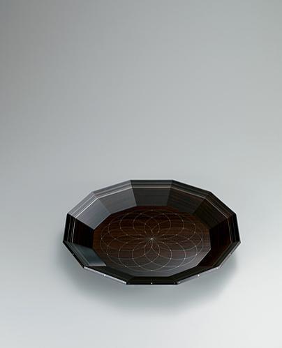 写真:紫檀銀線象嵌盆