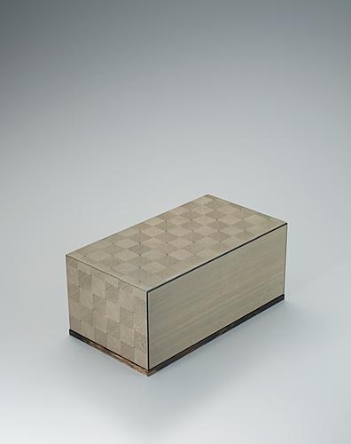 写真:神代杉象嵌箱