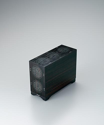 写真:黒檀海松丸文象嵌箱