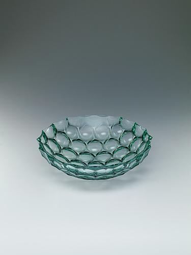 写真:積層プラチナ彩切子鉢「琳風」