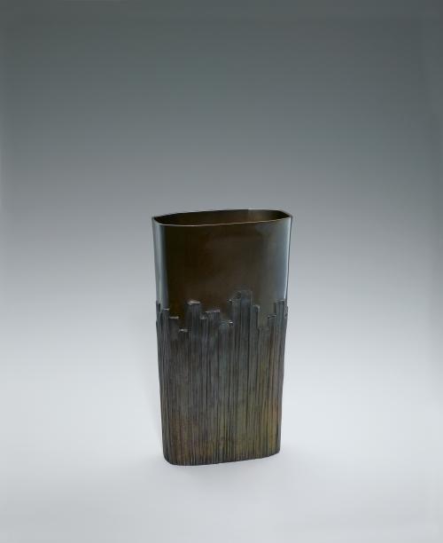 写真:蠟型鋳銅花器