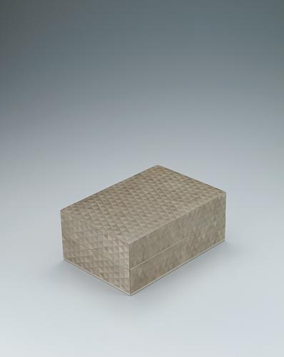 写真:神代杉木画箱