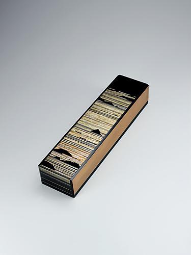 彩切貝短冊硯箱「凪の朝」