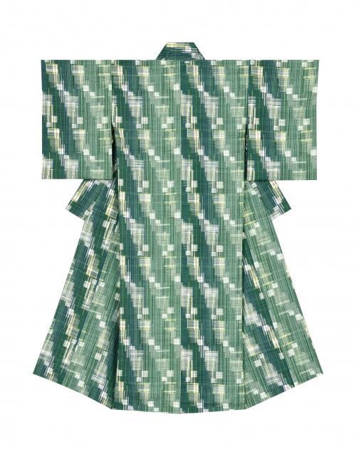 写真:紬織着物「新樹のひかり」