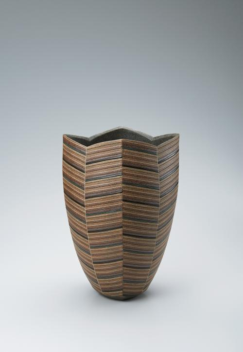 写真:象嵌泥釉彩花器