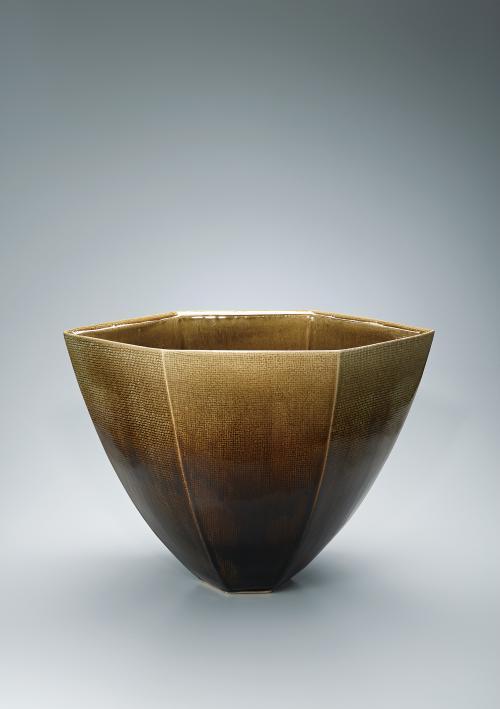 写真:古代釉面取花器