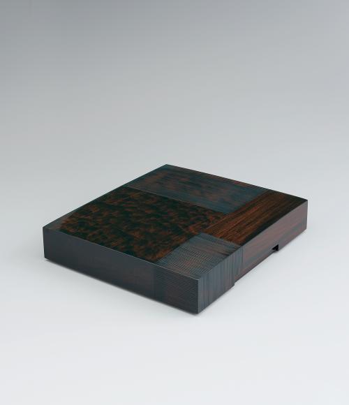 写真:杉楠造色紙箱