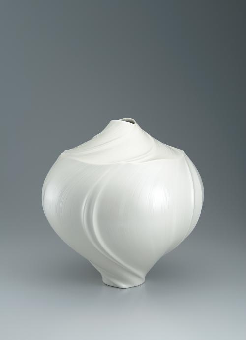 写真:真珠光彩壺