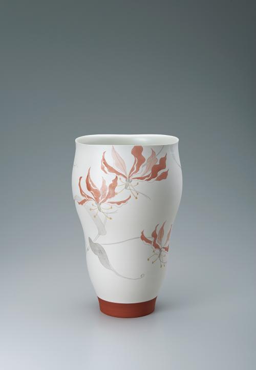 赤絵墨彩グロリオサ文花器
