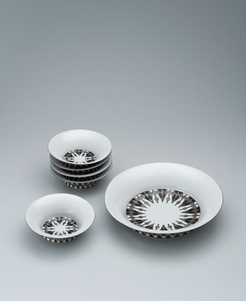 幾何紋金銀彩組鉢