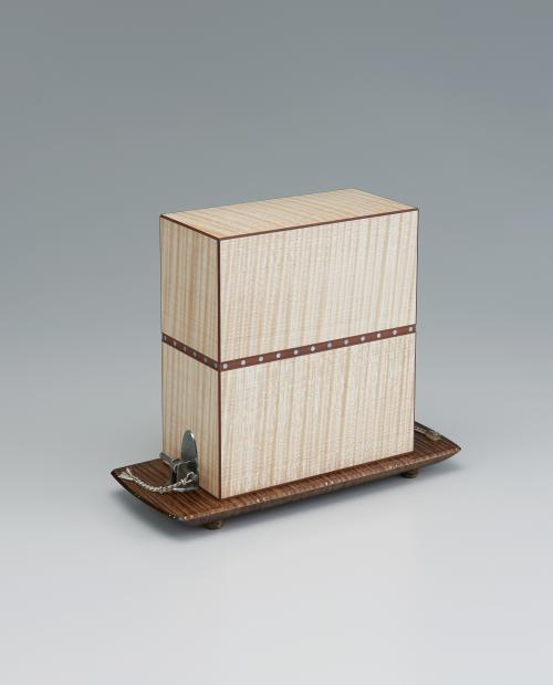写真:楓造箱「ゑりいし」