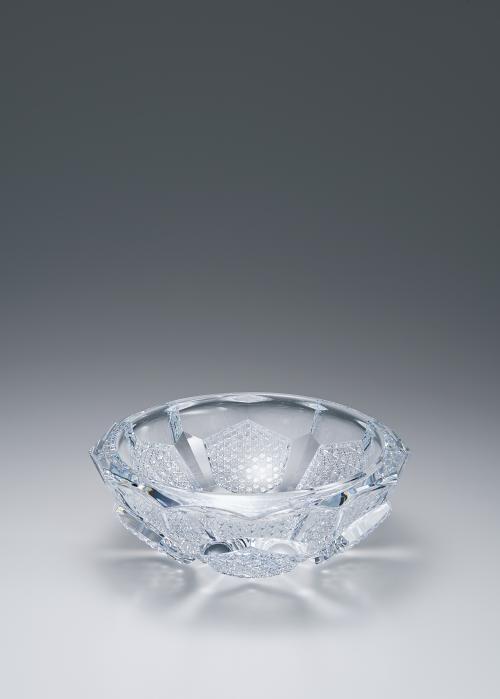 写真:十二稜六角二彩紋120゜/110゜鉢