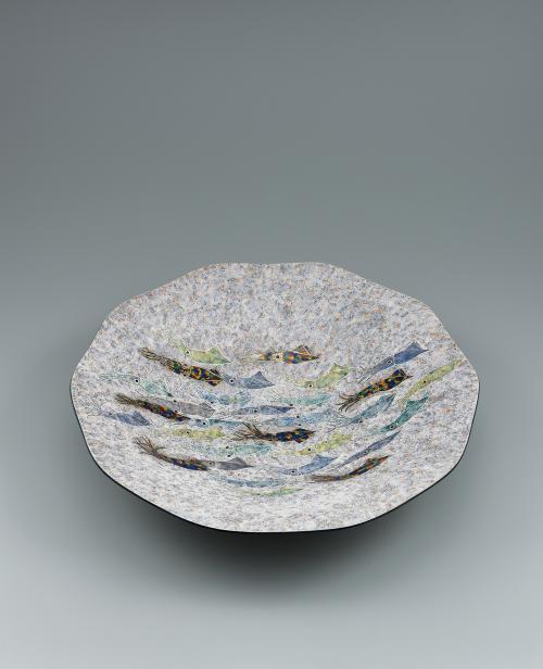 写真:釉刻色絵金銀彩鉢