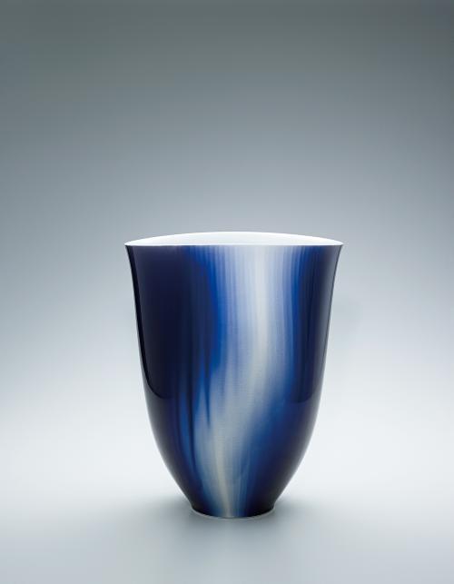 写真:彩釉花器「松韻」